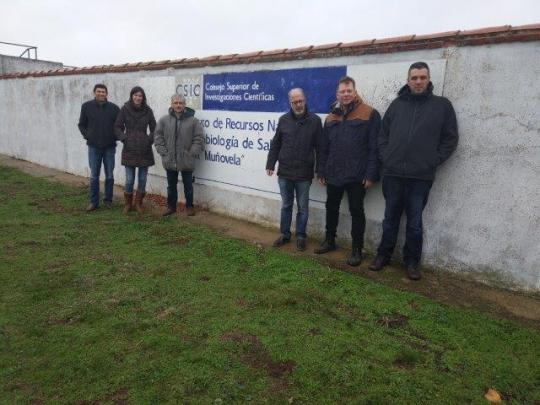 Reunión en Salamanca para discutir las acciones preparatorias en la finca de Muñovela