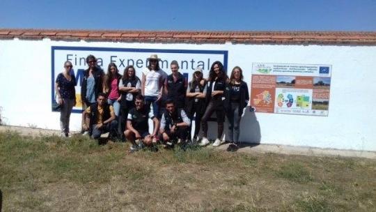Visita de alumnos franceses de Producción Animal a la Finca Muñovela