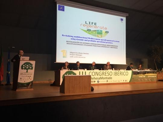 Participación del director y el coordinador cientifico del life regenerate en el III congreso Ibérico de dehesas y montados