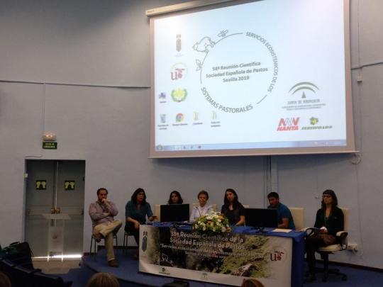 Regenerate presenta en una reunión científica en Sevilla